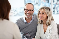 couple at a dental implant consultation